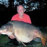 Carpe miroir 38,100 Kgs – Lac de curtons (Rainbow Lake) – Lac privé – Martin Locke