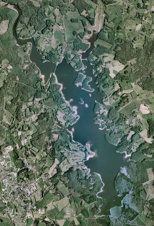 grands lacs france sud lac neuvic grand public correze