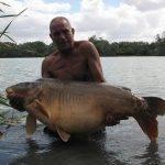 Carpe miroir 39,700 Kgs – Lac de Graviers (Luke Moffat Lake) – Lac privé – Mick Cooper