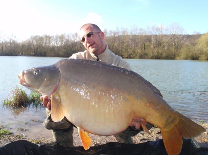 Carpe miroir 34,1 kilos - Etangs le Val Doré - Lac privé - Sander Jonkers 1