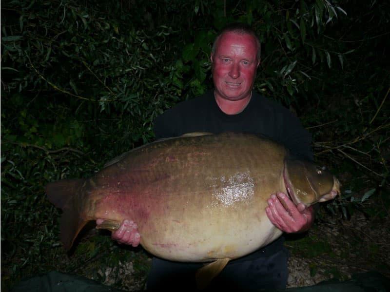 Nouveau record pour le lac de Gigantica : 75 livres, soit 34 kilos 1