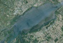Lac Saint Pierre au Canada vue satelitte
