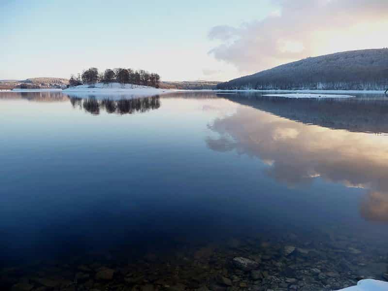 Couché de soleil sur le lac de Vassivière