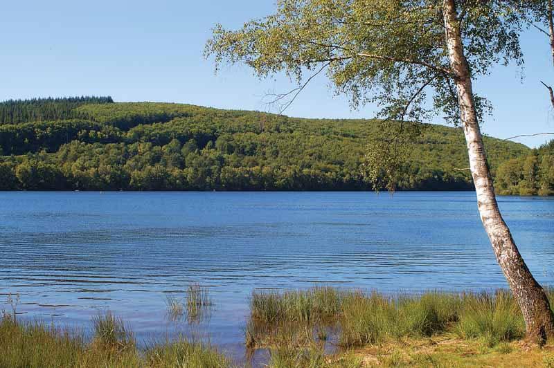 Berge du lac de Vassivière