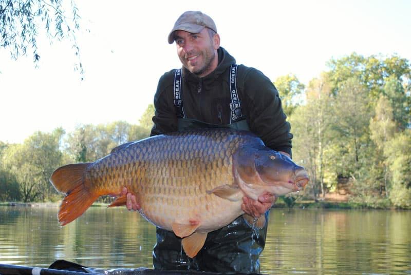 La commune surnommée Colin capturée à son poids record de 37,6 kilos 3