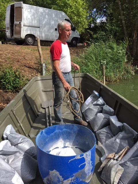 Introduction des bactéries aérobies consommatrices des vases du lac du Grand Fontenay