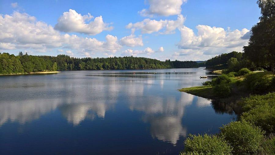 Lac de barrage de Viam