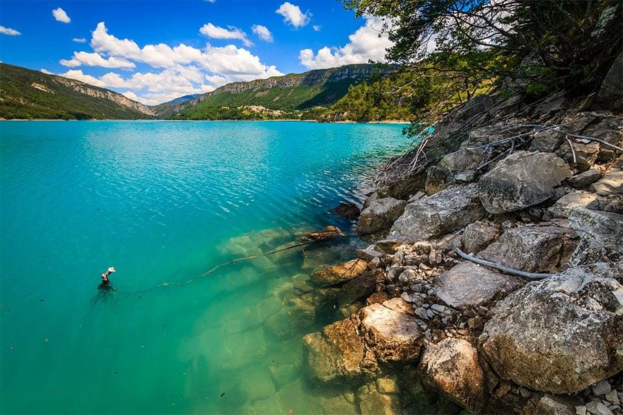 Lac de Castillon - une eau émeraude