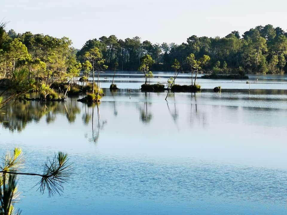 Lac de Curton, aussi appelé Rainbow Lake