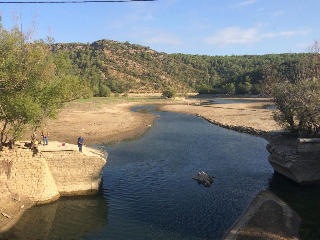 Le pont du Caramy sur le lac de Carcès