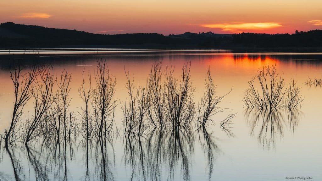 Couché de soleil sur le lac de la Ganguise