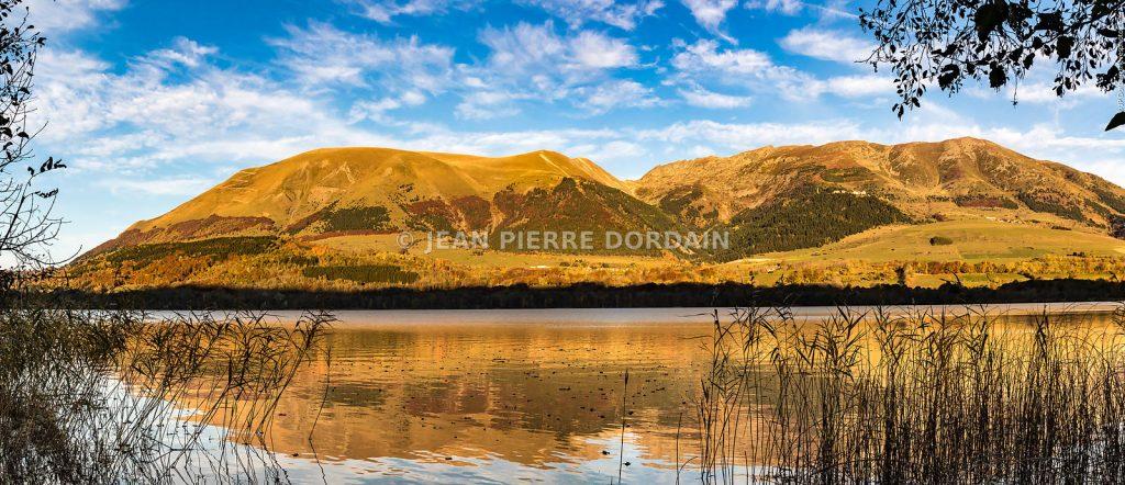 Lac de Laffrey en automne