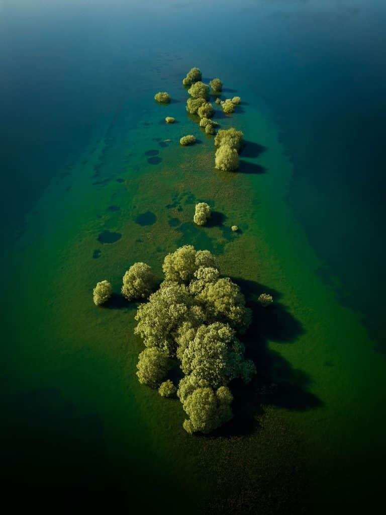 Petite île du lac du d'Auzon-Temple