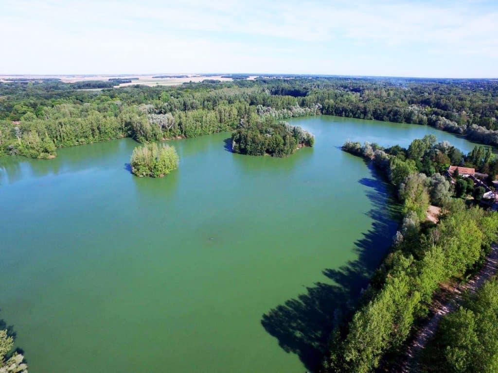 Vue aérienne sur le Lac du Grand Fontenay