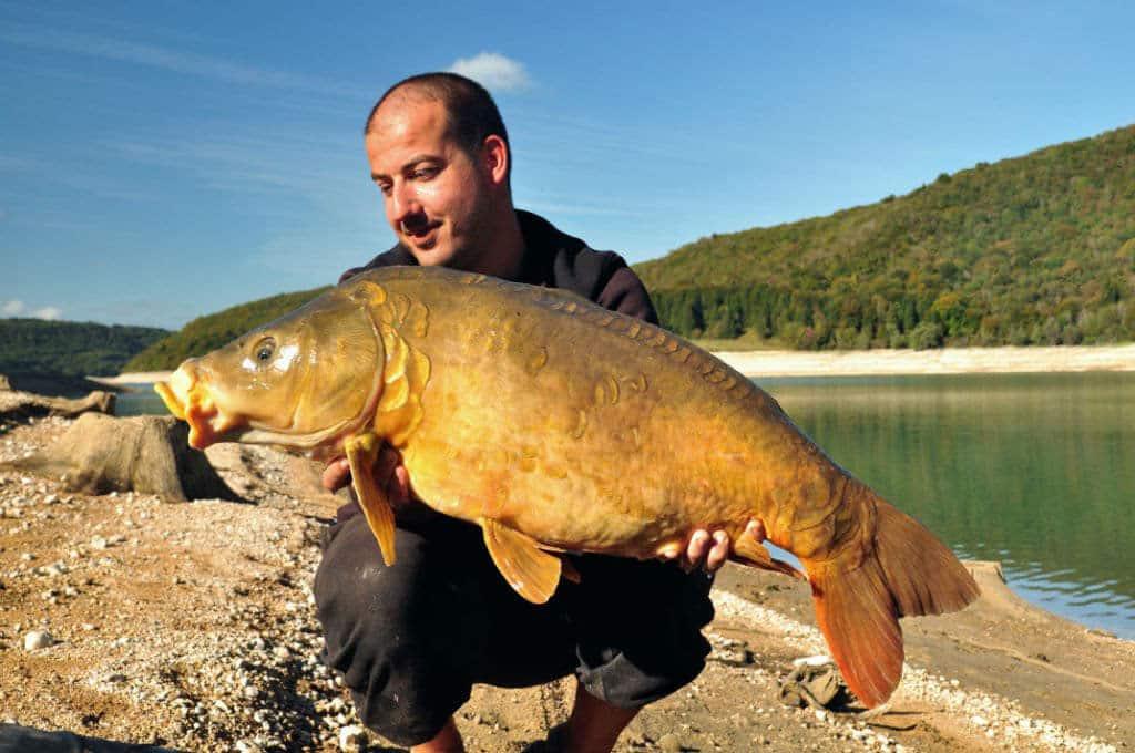Lac de Vouglans - Grand lac public - Jura (39) 1