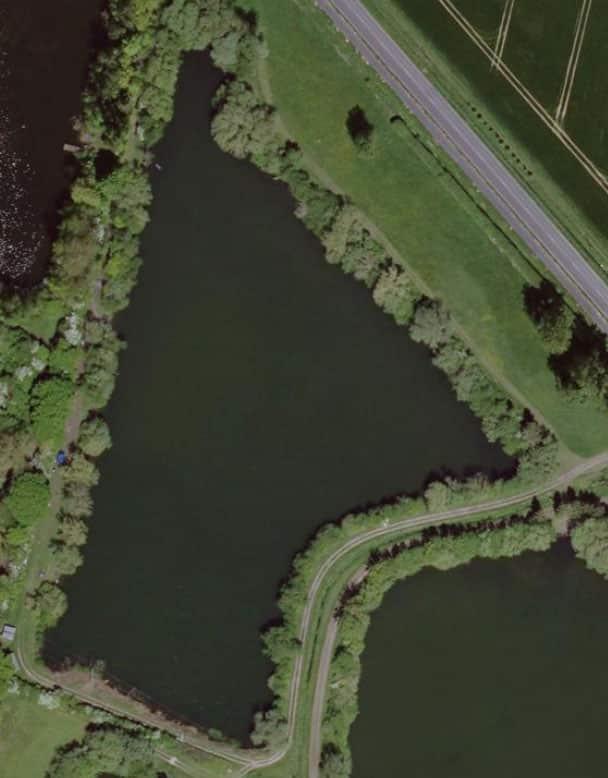 Vue aérienne sur l'étang 1 du domaine de Noute étang