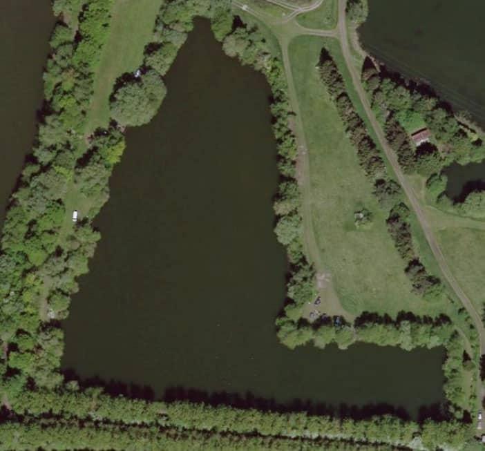 Vue aérienne sur l'étang 2 du domaine de Noute étang