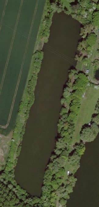 Vue aérienne sur l'étang 4 du domaine de Noute étang