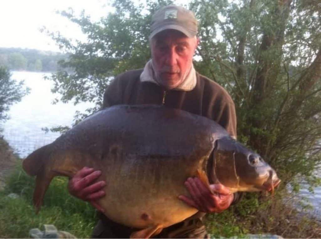 Record Lac de Moisson Lavacourt : 33kgs