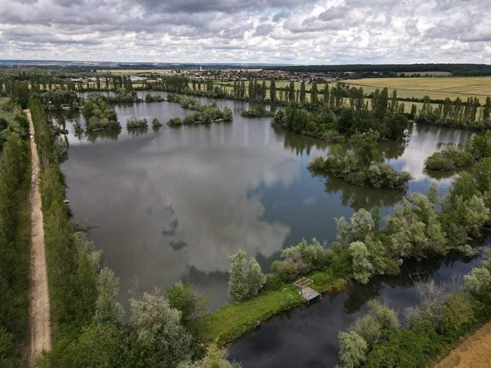 Etang Carpox'r - CarpaSens - Lac privé - Yonne (89) 1